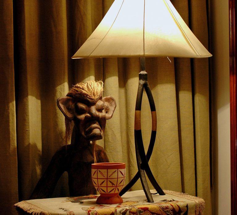 Prawidłowe oświetlenie biura – jak zapewnić sobie idealne warunki do pracy?